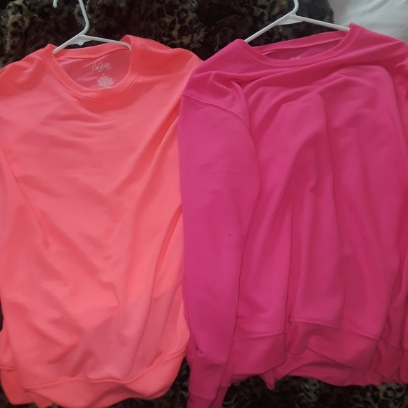 City Streets Tops - City Streets Pink Sweatshirts Size M